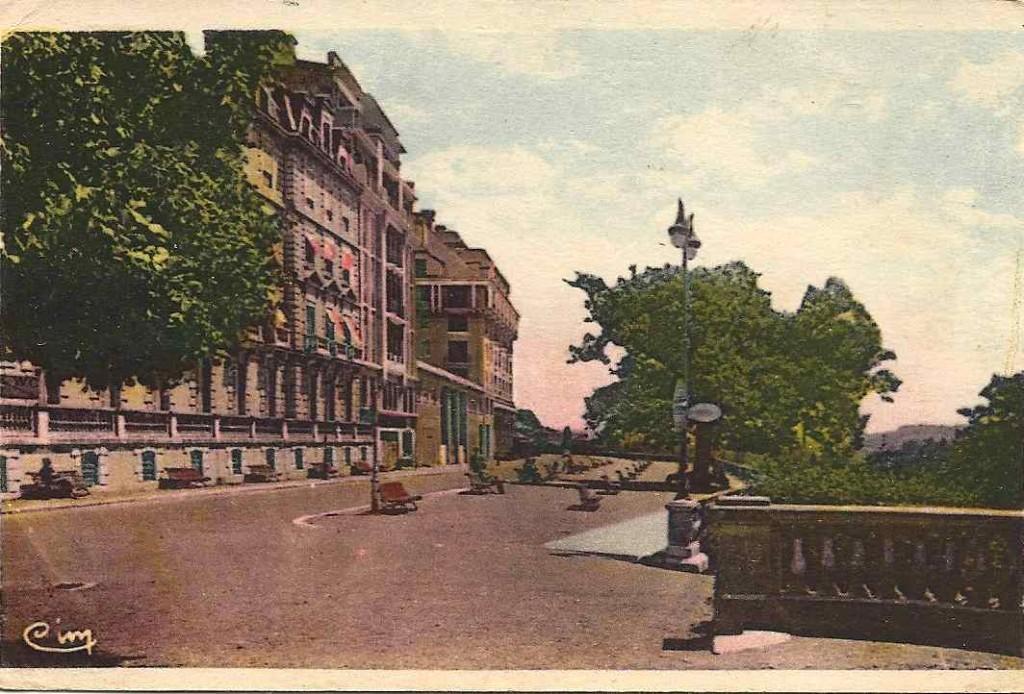 Pau, 1947 pau-1947